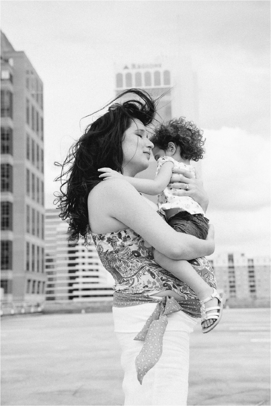 Teodora Dakova Photography-7270_lifestyle_maternity_portrait_session_south_florida.jpg