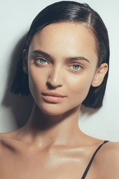 Model: Celia Becker