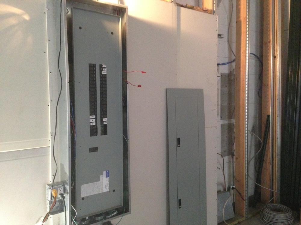 Power Grid Studio TEN05