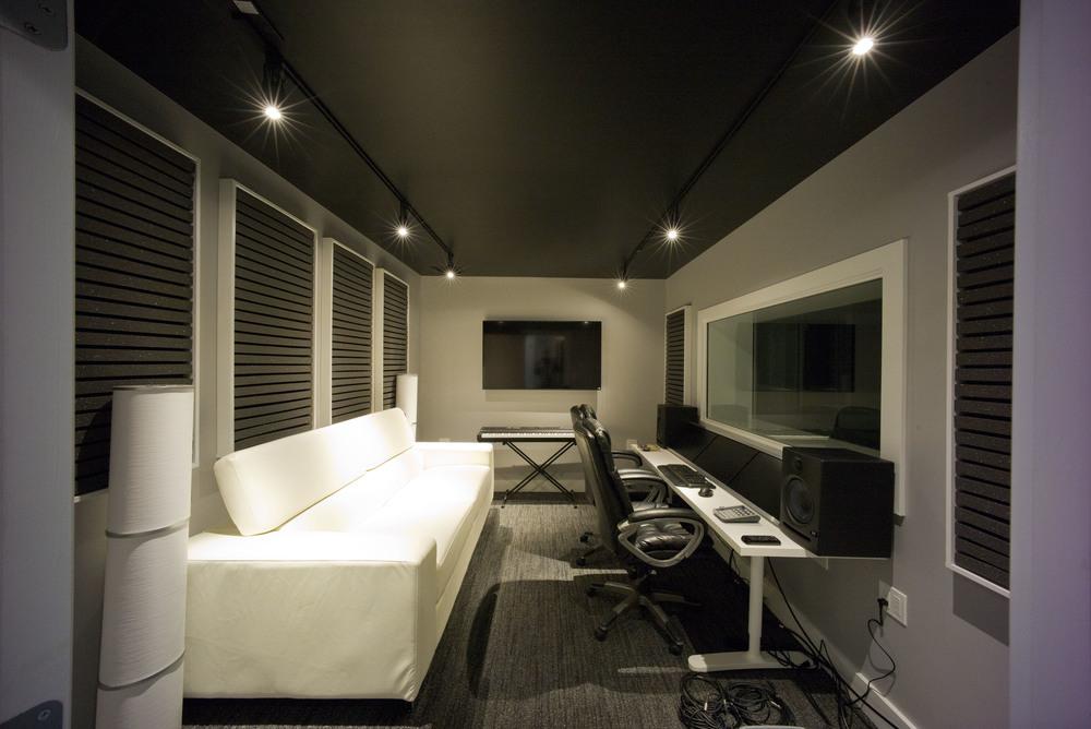 Control Room - Studio TEN05