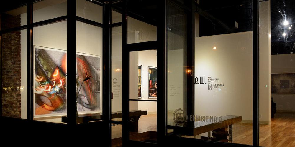 GalleryOutsideLookingIn2.jpg