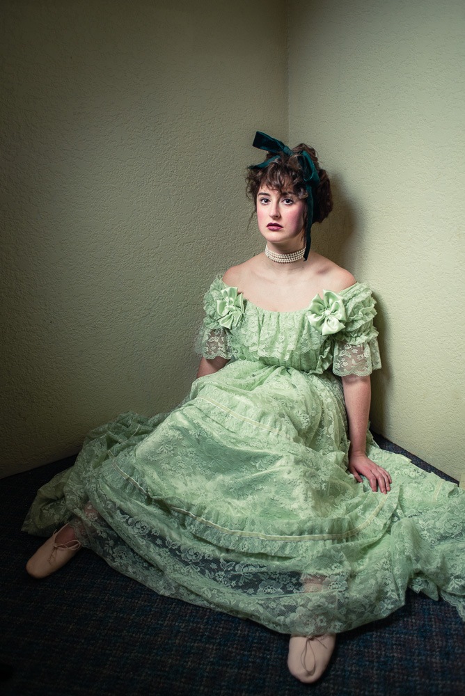 mcs_20121231_Antique_Ballgowns_0074.jpg
