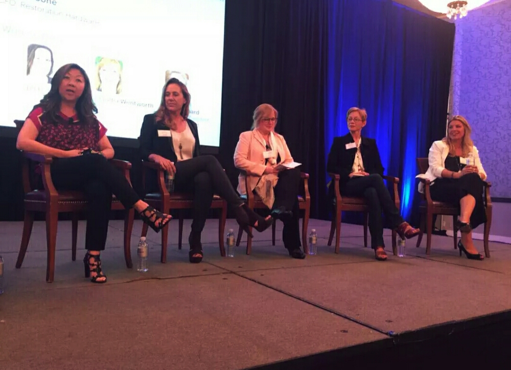 L-R: Joy Chen (Chairman & CEO of H20+Beauty); Jill Reber (Chairman & CEO of Primitive Logic); Claudia Wentworth (CEO & Co-Founder Quick Mount PV); Burr Leonard (Founder & President, The Bar Method); Karen Boone (CFO Restoration Hardware and CrossFit gym owner). Photo credit: @SFBTevents