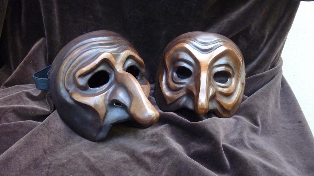masques-de-pantalon-vieux-et-de-pantalon-griffon-de-den.jpg