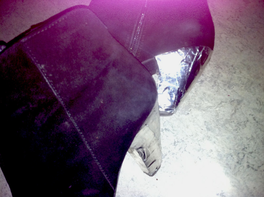 Anna_Lidstrom_tejp_shoes2.jpg