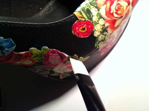 Anna_Lidstrom_DIY_FlowrShoes13.jpg