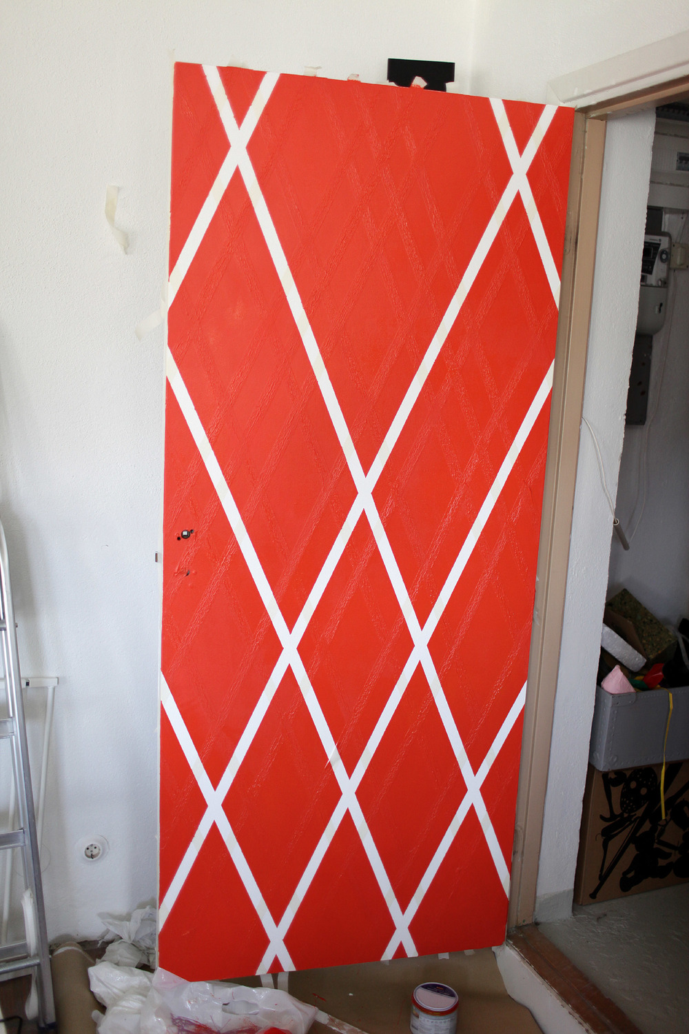 Anotherblogg_Anna_Lidström_DIY_Polka_Painted_Door5.JPG