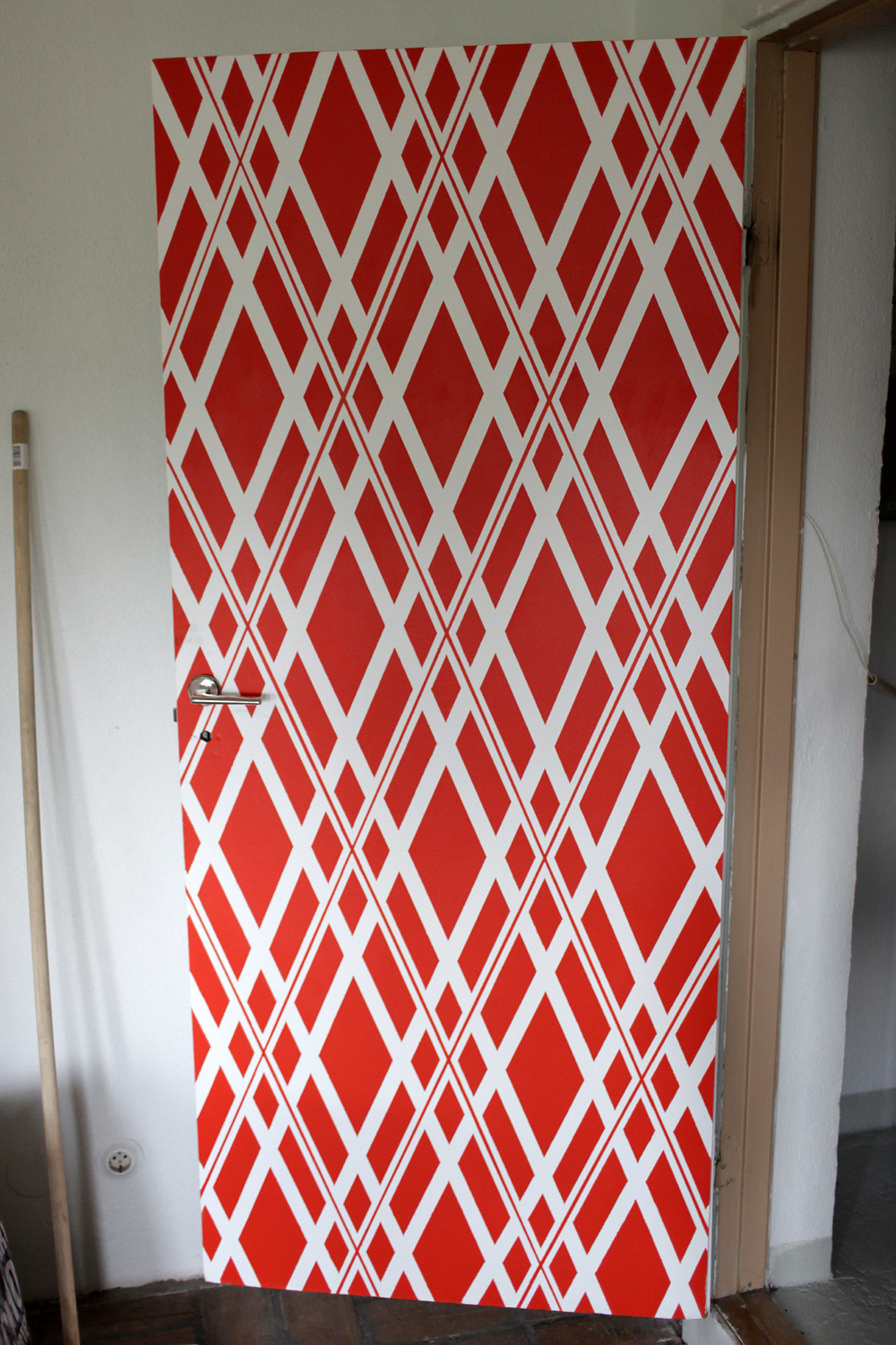 Anotherblogg_Anna_Lidström_DIY_Polka_Painted_Door9.JPG