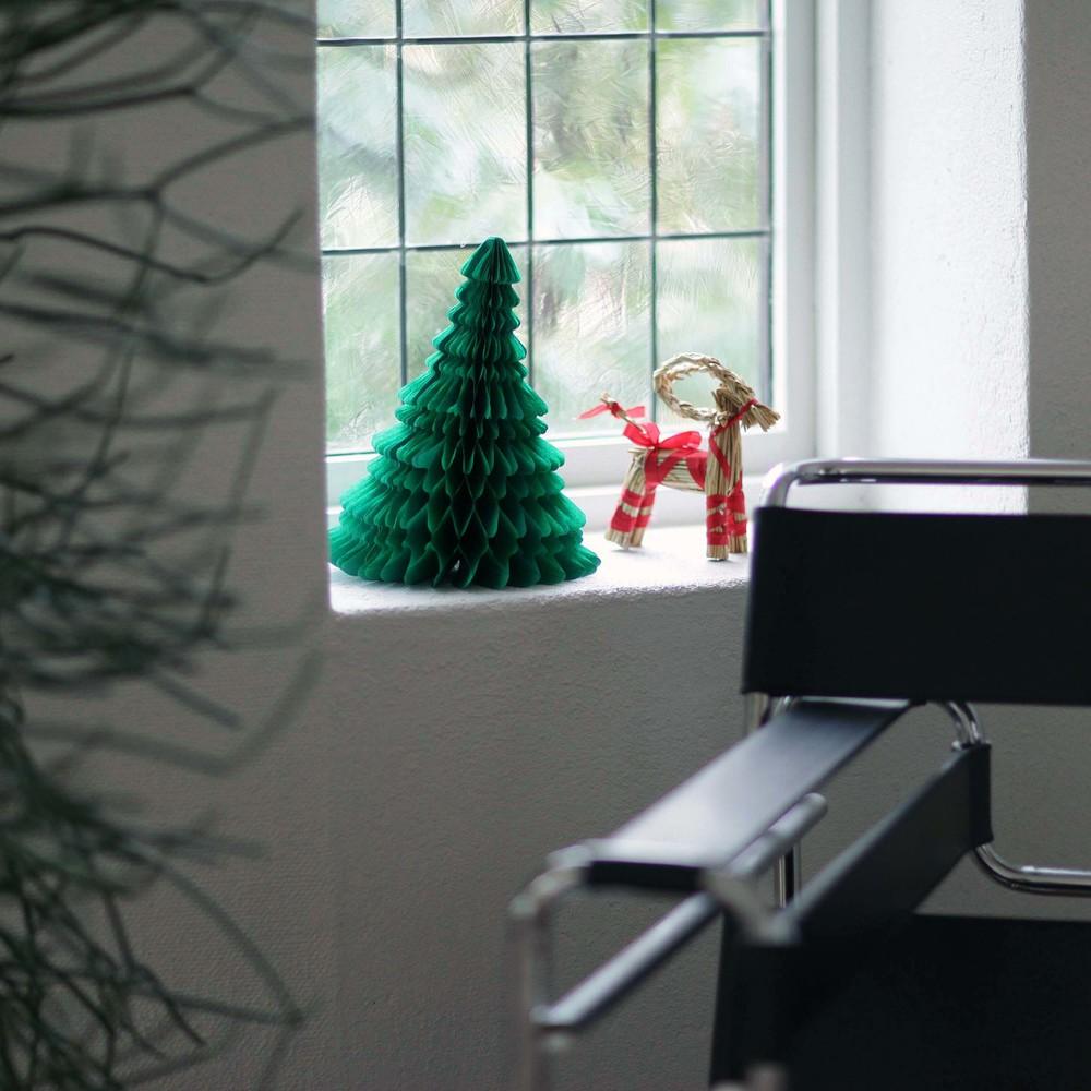 Anotherblog_Christmasdetails3.JPG