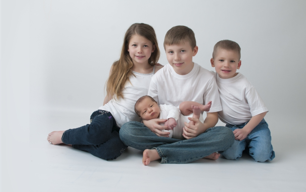 Bridgett Thompson Photography Sibling image.jpg
