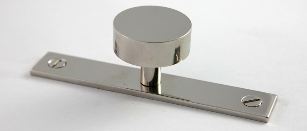Moderne-Knob.jpg