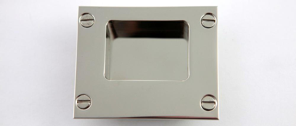 Moderne-Flush-Pull.jpg