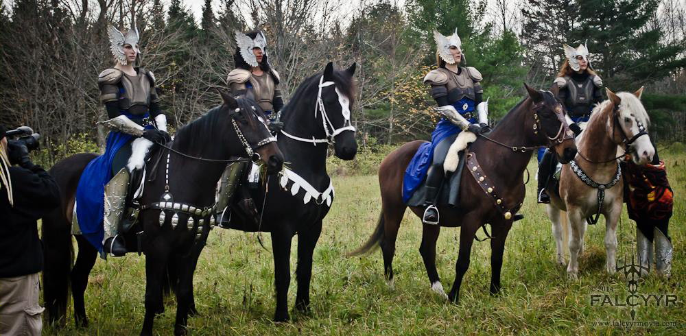 Filming the close-ups. Left to right: Ahura Diliiza filming, Kaylee Clark on Gambit, Lydia Spencer on Zeppelin, Sinari Diliiza on Rovandio, Taus on Thor and Elisha Harvey hiding while holding the horse! Photo credit: Unicovia Pictures