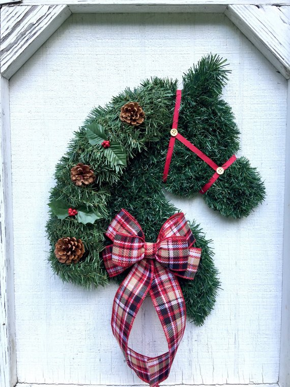 horse head holiday wreath etsy.jpg