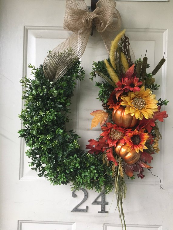 thanksgiving horseshoe wreath fall autumn pumpkin.jpg