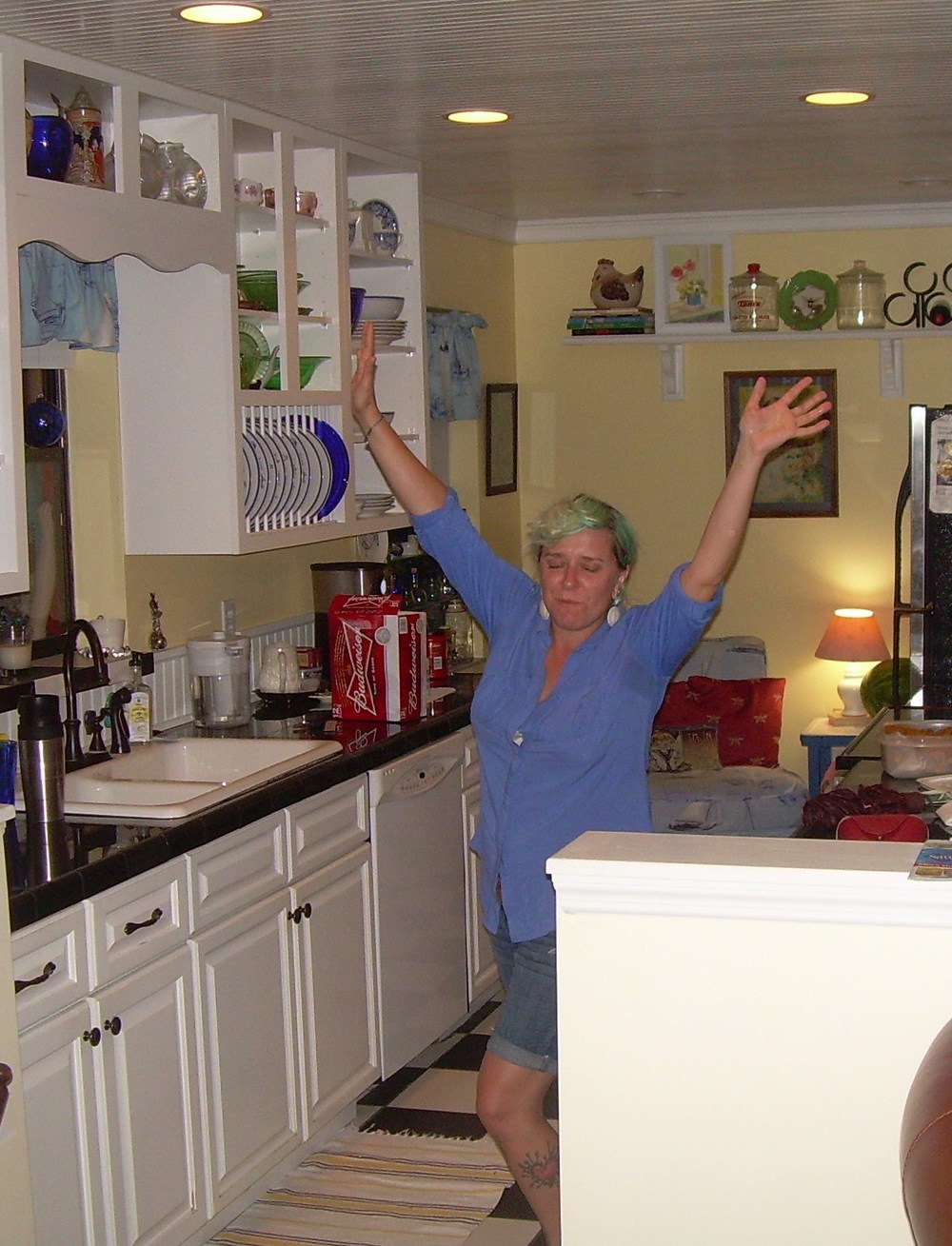 MY GIRL dancing in the kitchen.