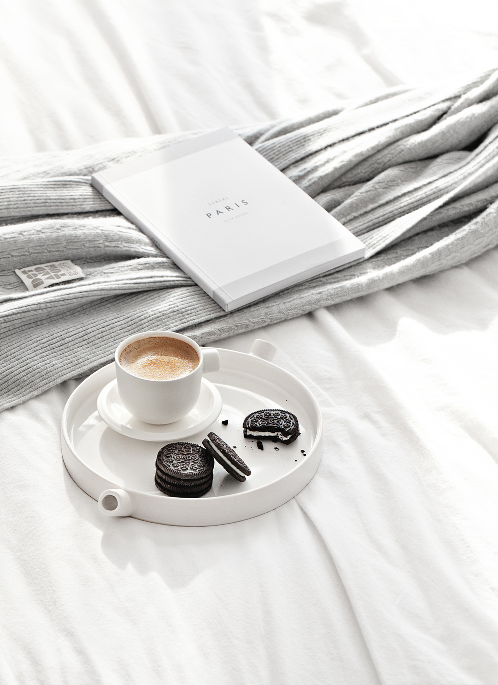 Gorgeous Cashmere & Merino Blanket from Dot and Tom | Ceramics Cup & Plate from Serax Belgium