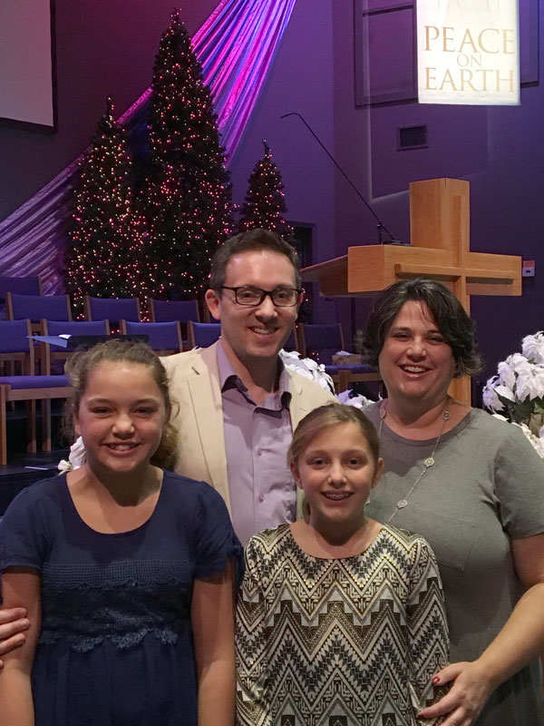 Steve Strite with wife, Becky, and their two daughters Allison and Julianne.