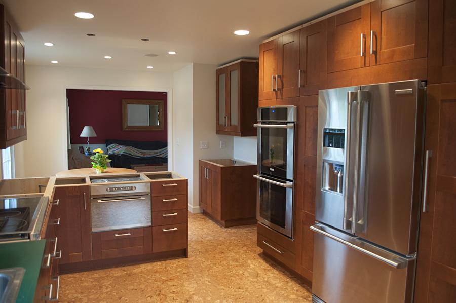 mid_kitchen2.jpg