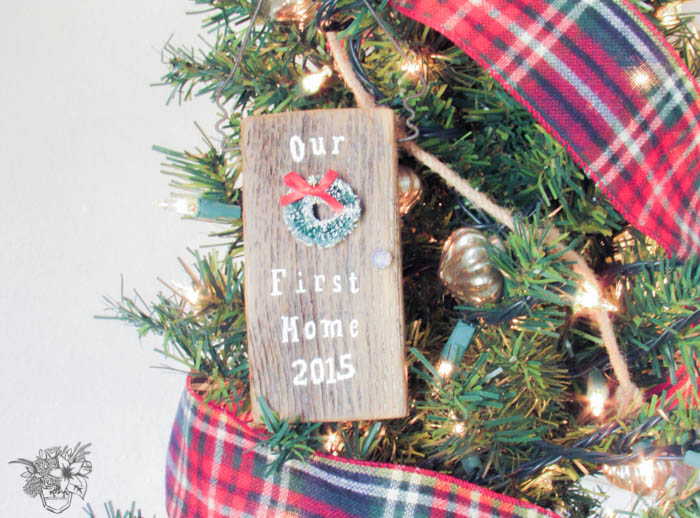 DIY Our First Home Christmas Ornament Hop
