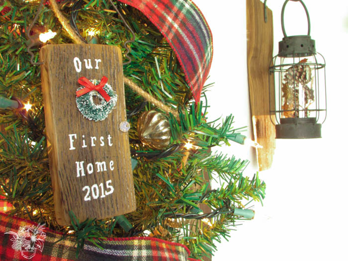 """DIY Door """"Our First Christmas"""" Ornament - Pocketful of Posies"""