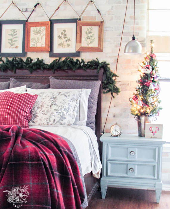 My Home Style: Christmas Tree Edition - Pocketful of Posies