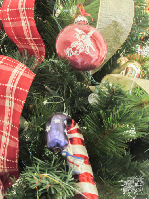 Our Main Christmas Tree Is A Fun Eclectic Mix Of Family Memories, More  Vintage Finds, And Lot And Lots Of Character. Like These Fun Comic Book  Ornaments I ...