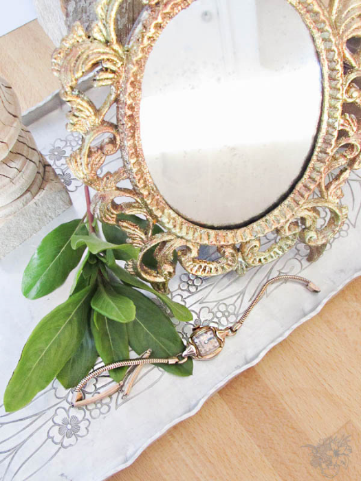 To Make a Beautiful Goldleaf Mirror in 30 Minutes - Secret Santa Thift Store Flip