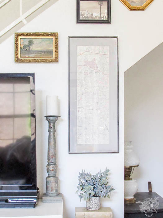 How to update out dated ugly thrift store picture frames and their mats quickly and easily using paint.