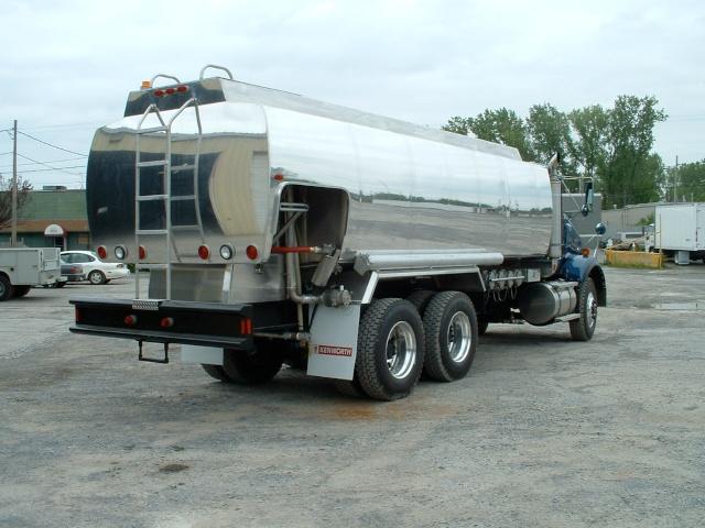 truck pitcher 027.jpg