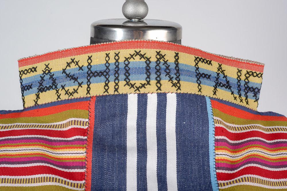 Collar (detail)