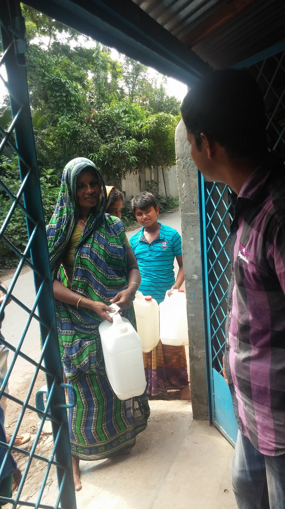 Drinkwell_ Manikganj Customers.jpg