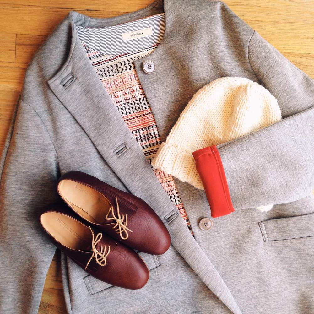 Sessun coat and top | Dieppa Restrepo Cali oxfords in Portland Brandy.