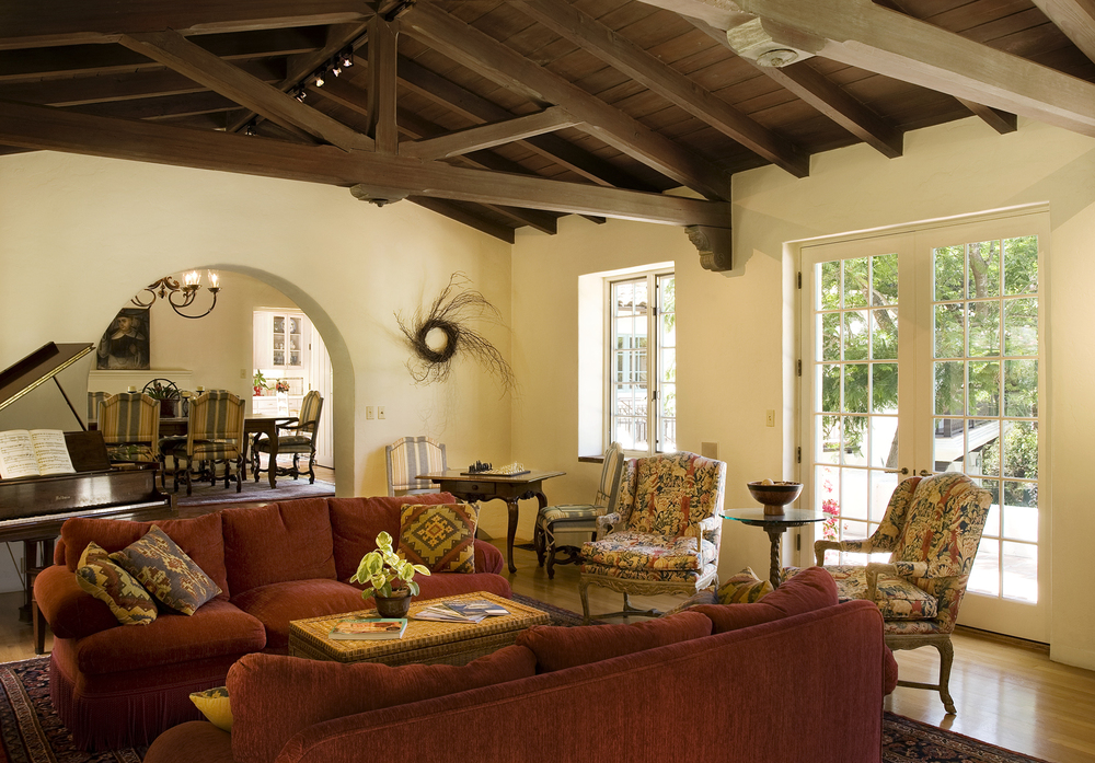 hope_ranch_family_room.jpg