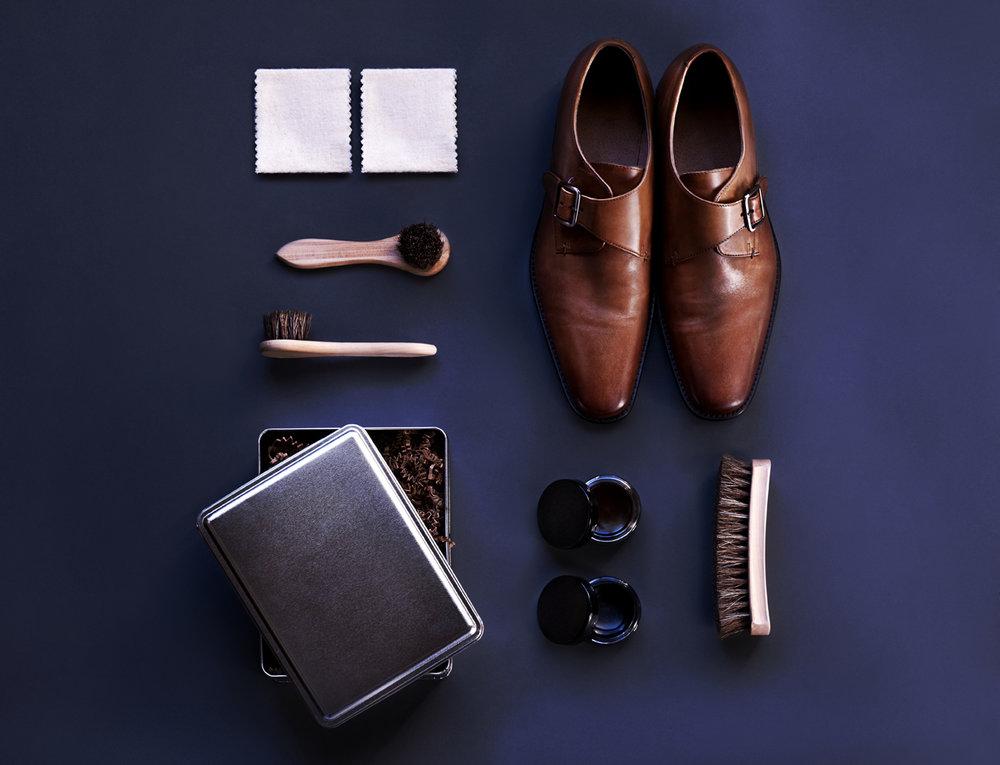 Shoe with Shoe Kit.jpg