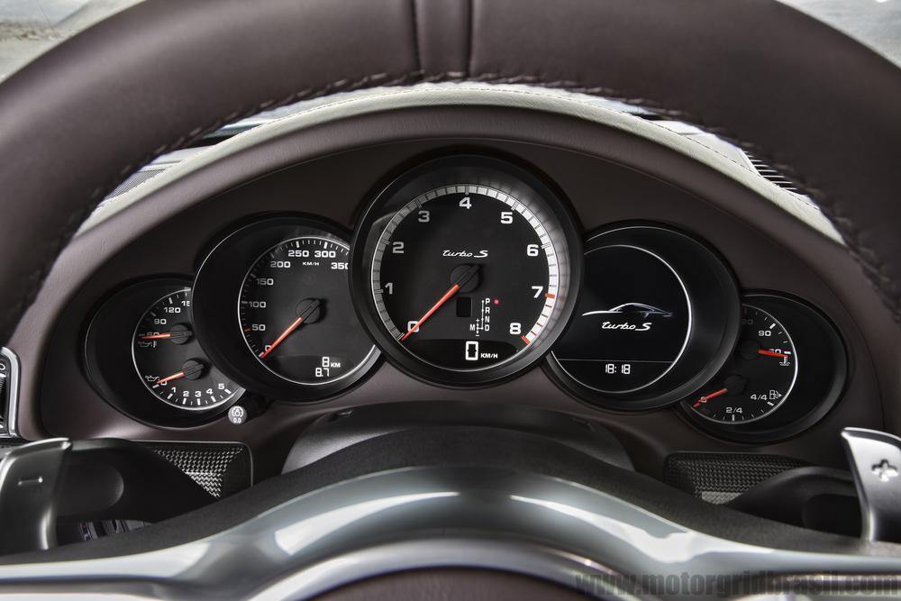 Porsche_Turbo_S 8.jpg