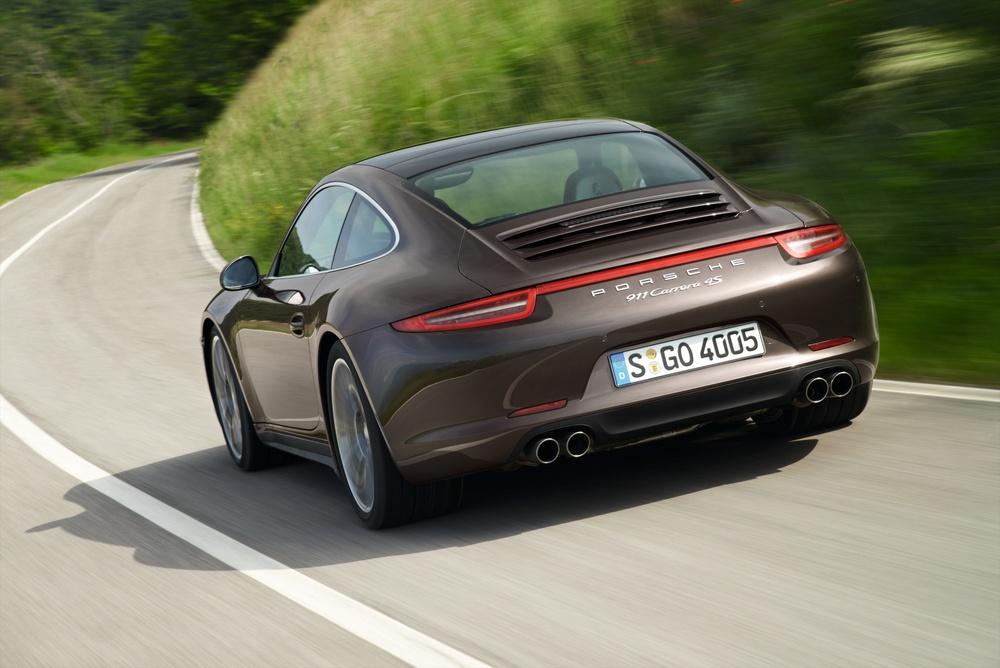 Porsche 911 Carrera 4S (£88.000 ou R$271.000)