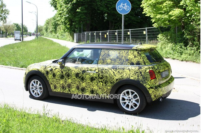 2014-mini-cooper-spy-shots_100427545_m.jpg