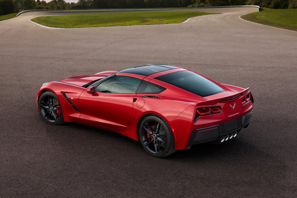 2014-chevrolet-corvette-stingray-rear.jpg