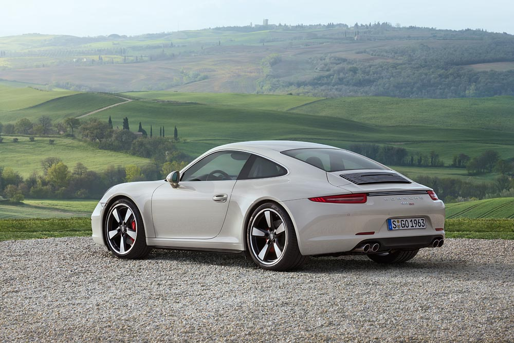 911 50th Anniversary Edition _6_.jpg