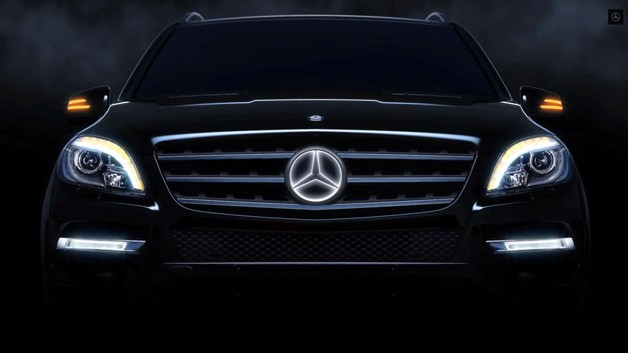 628x353xmercedes-benz-three-pointed-star-illuminated.jpg.pagespeed.ic.Rdyyfk92GN.jpg