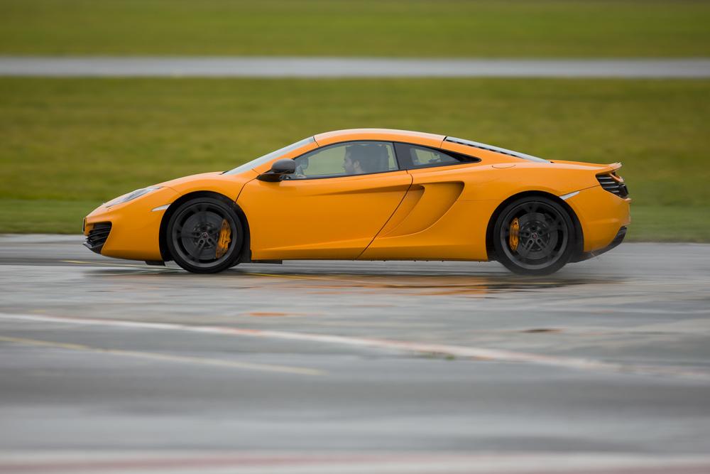 Motor de 3 litros a 4 litros: McLaren 3.8 litros V8
