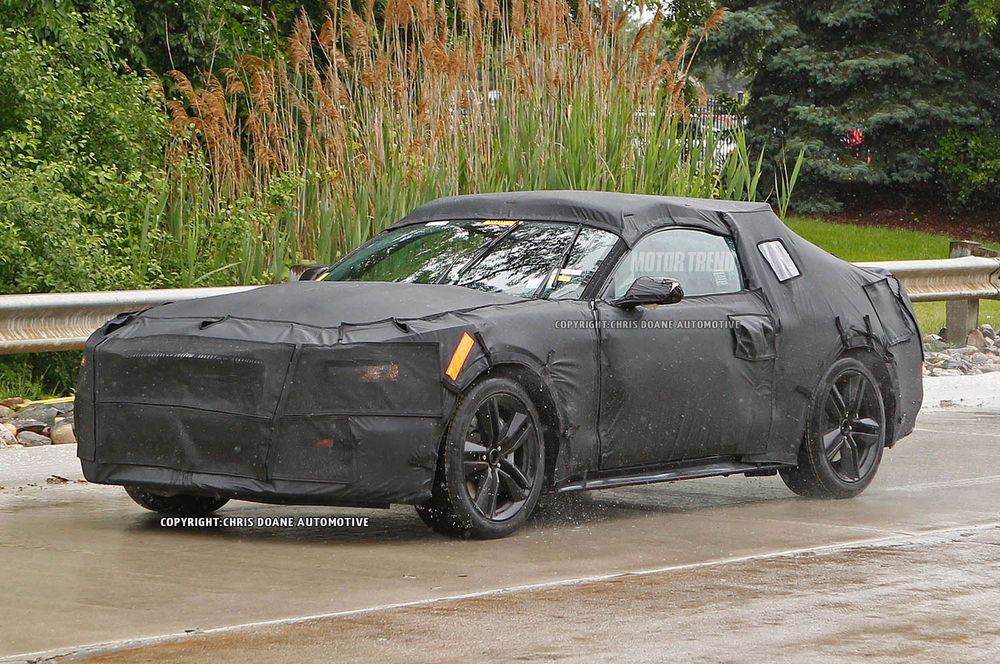 2015-Ford-Mustang-prototype-front-three-quarter-motion.jpg