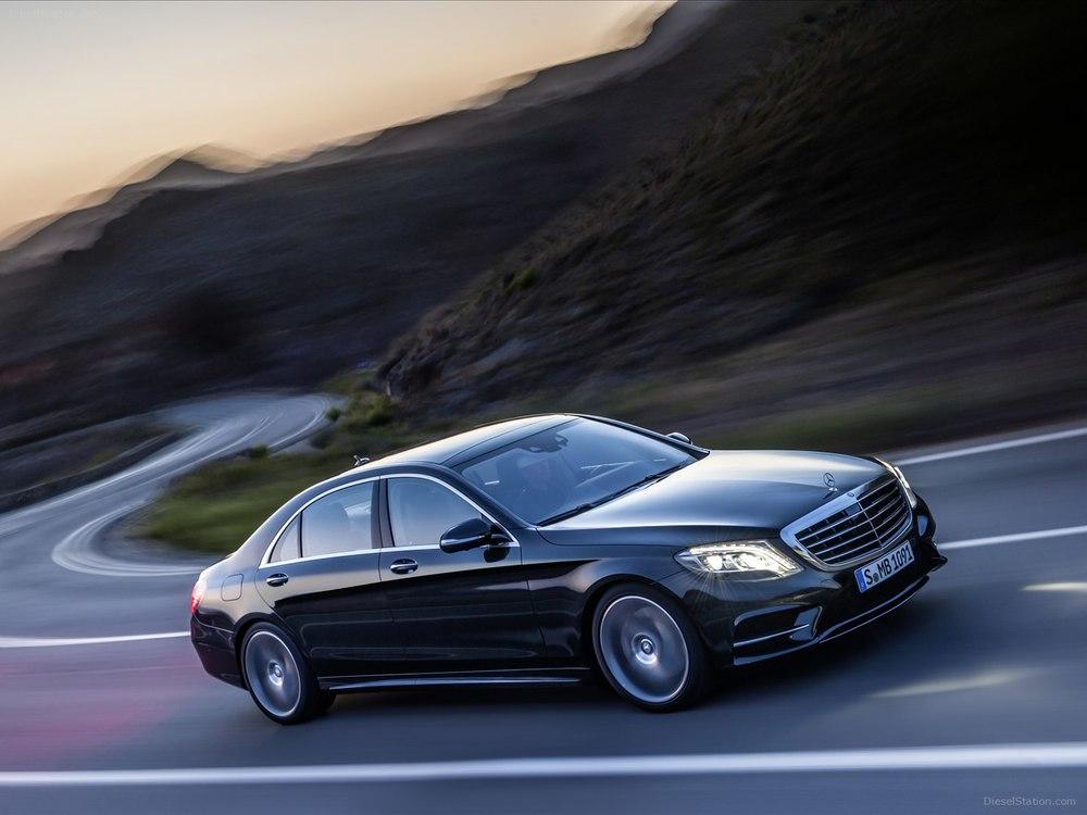 Mercedes-Benz-S-Class-2014-01.jpg