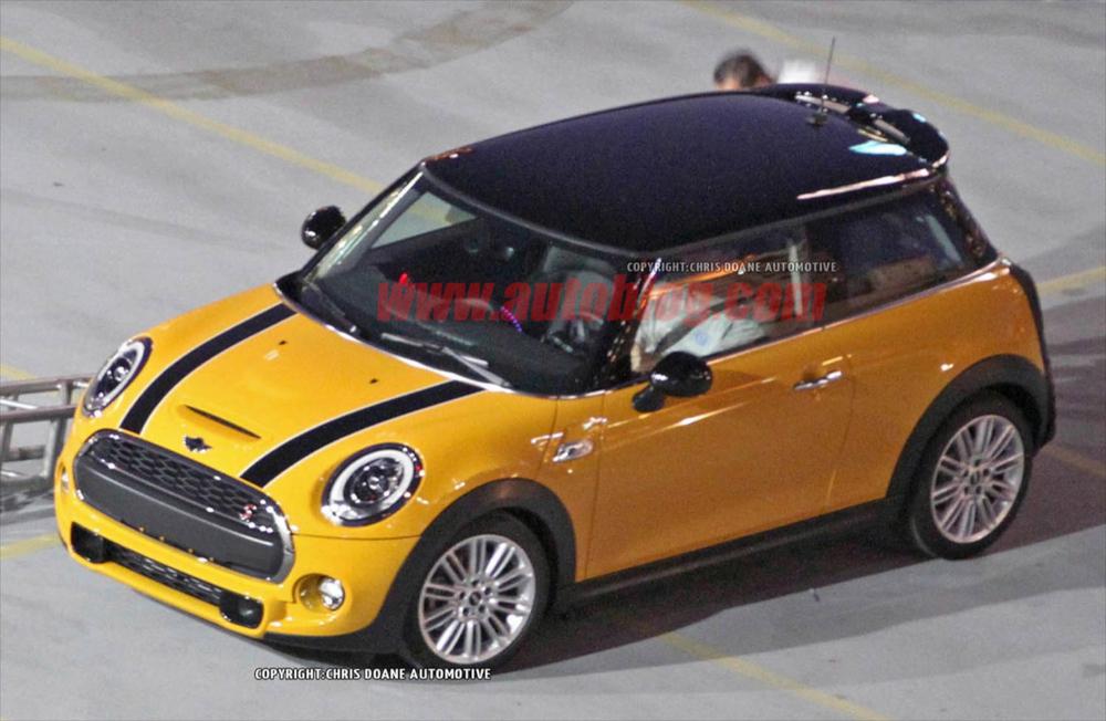 Mini Cooper 2014 2.jpg