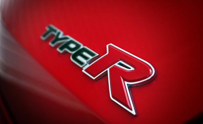 civic-type-r-emblem.jpg