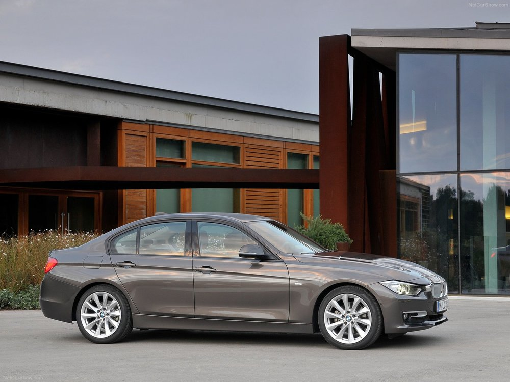 BMW-3-Series_2012_1600x1200_wallpaper_3e.jpg