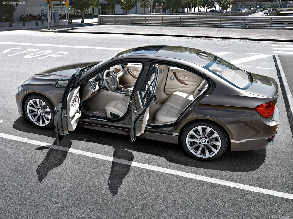 BMW-3-Series_2012_1600x1200_wallpaper_75.jpg