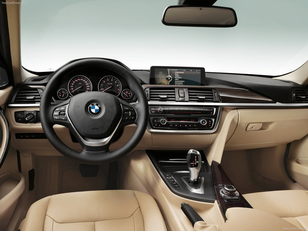 BMW-3-Series_2012_1600x1200_wallpaper_92.jpg