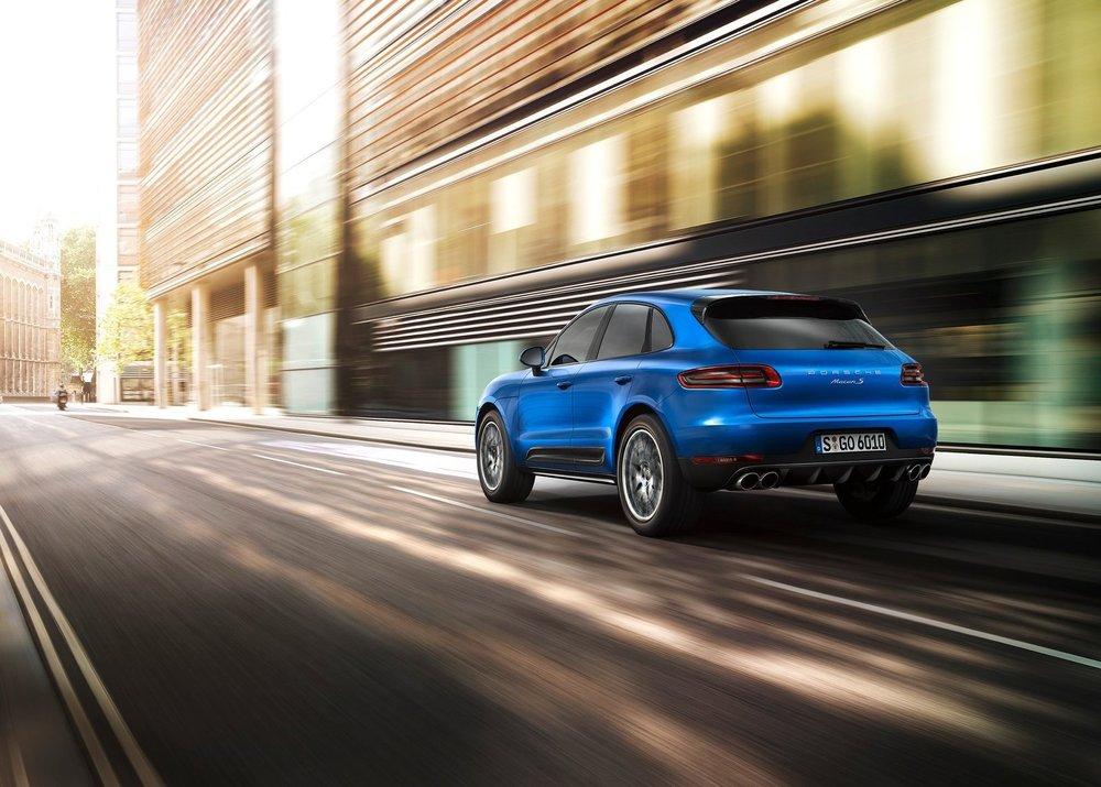 Porsche-Macan_2015_1600x1200_wallpaper_0a.jpg